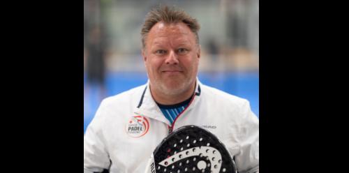 Read more about the article Sig hej til Lasse Vedersø